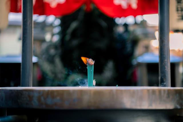 Manufacturing incense sticks