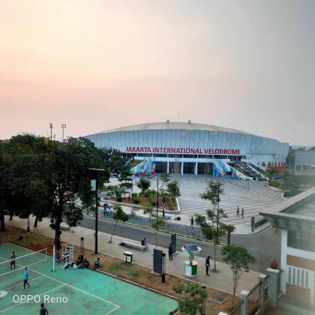 stadion velodrome, LRT Jakarta, oppo reno