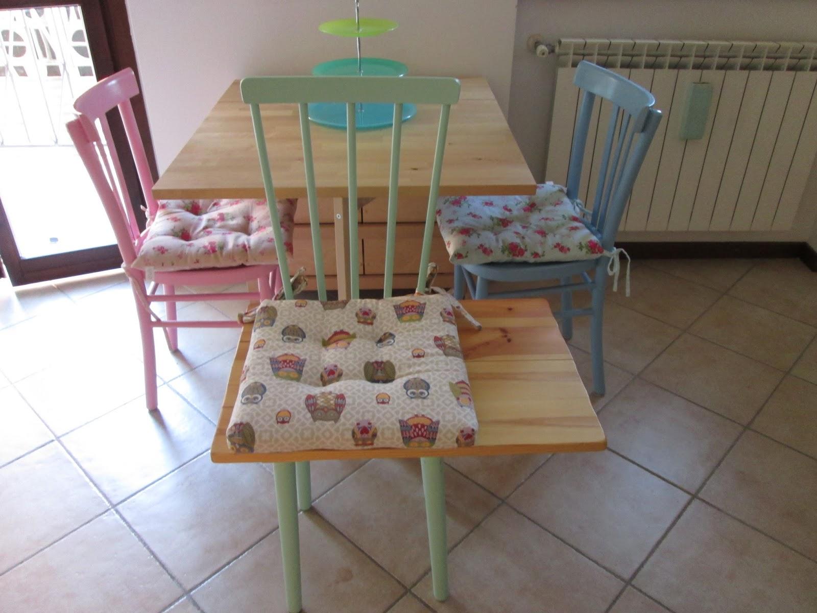 Sedie colorate per cucina for Vendita sedie cucina