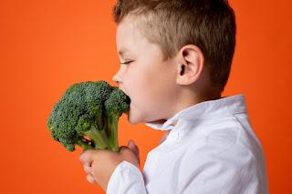 sayuran dimakan mentah brokoli
