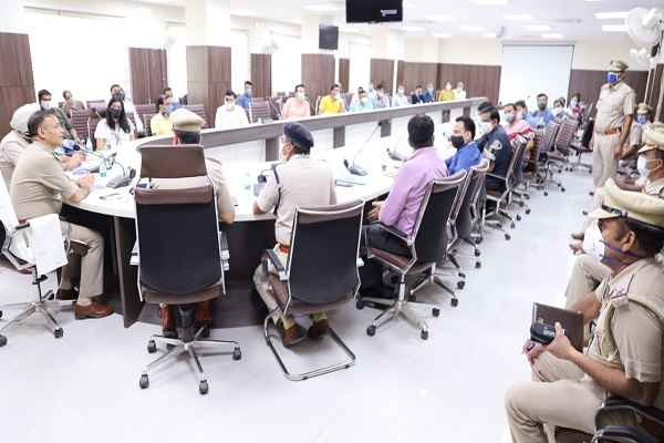 faridabad-cp-appeal-banks-not-to-hire-bouncer-of-criminal-background