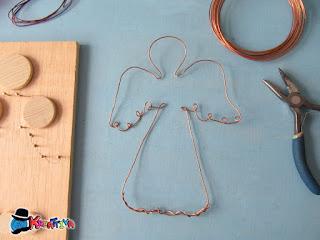 modella con base angelo con filo di ferro o di rame