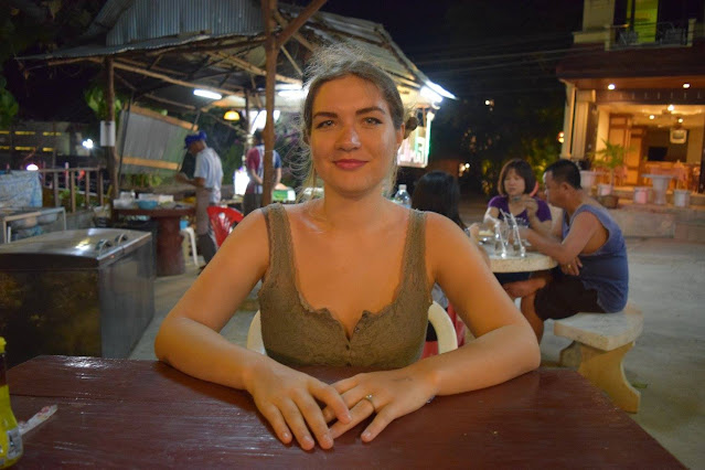 vegan vs travel aka me, Laura, my first time in Thailand