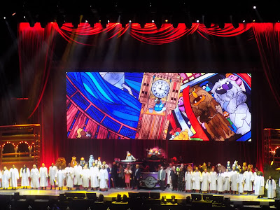 Choral singers join Dr Teeth and the Electric Mayhem