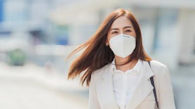 Bisakah Kelembaban Di Dalam Masker Memengaruhi Penularan COVID-19?