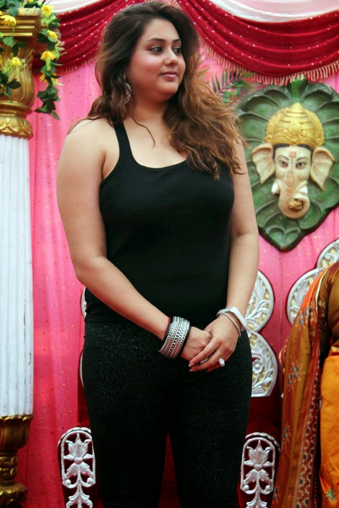 Nude Pakistani Actress Photo