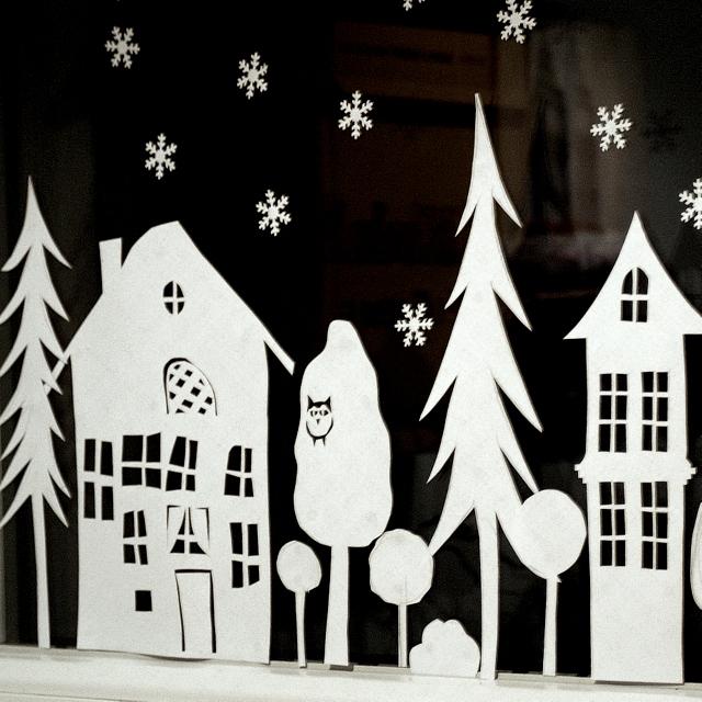 ein schweizer garten das adventsfenster. Black Bedroom Furniture Sets. Home Design Ideas