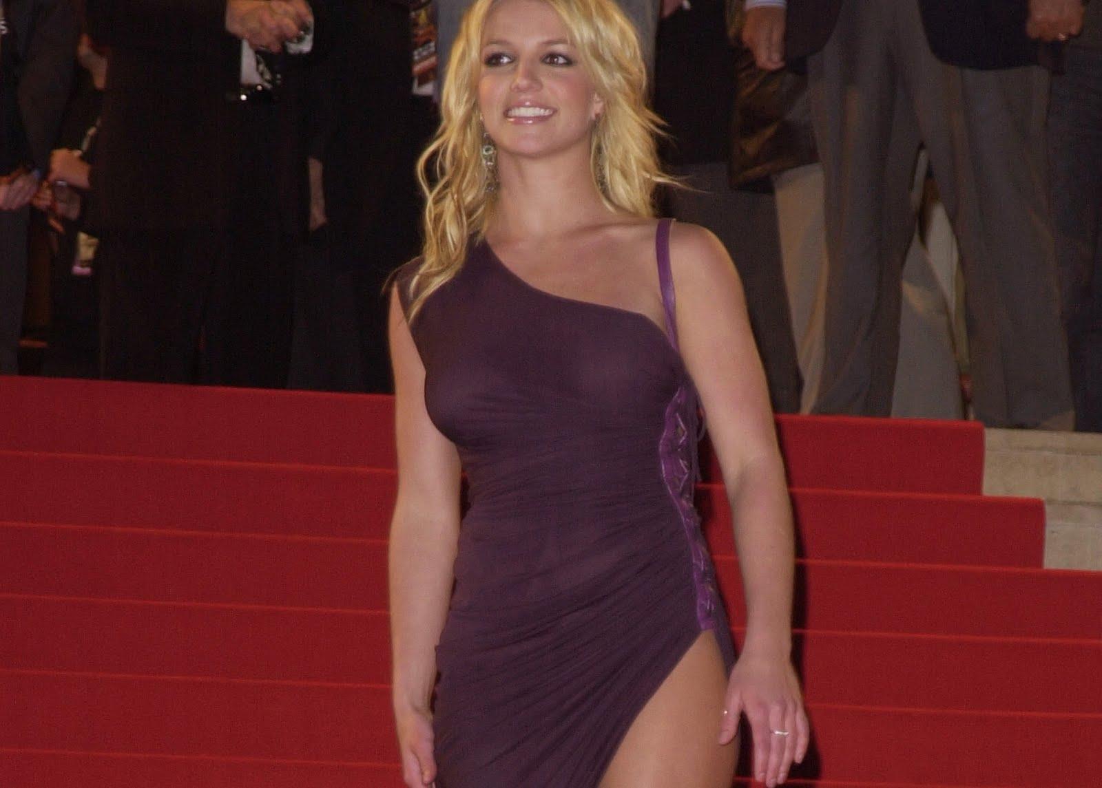 Free Celebrity Photos: Britney Spears Legs (HQ Photos)