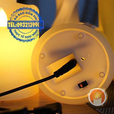 Nến điện tử vỏ sáp tim lắc sạc điện