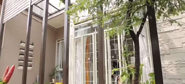 Rumah Bernuansa Natural