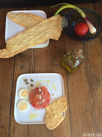 tartar-de-tomate-pera-con-ahumados