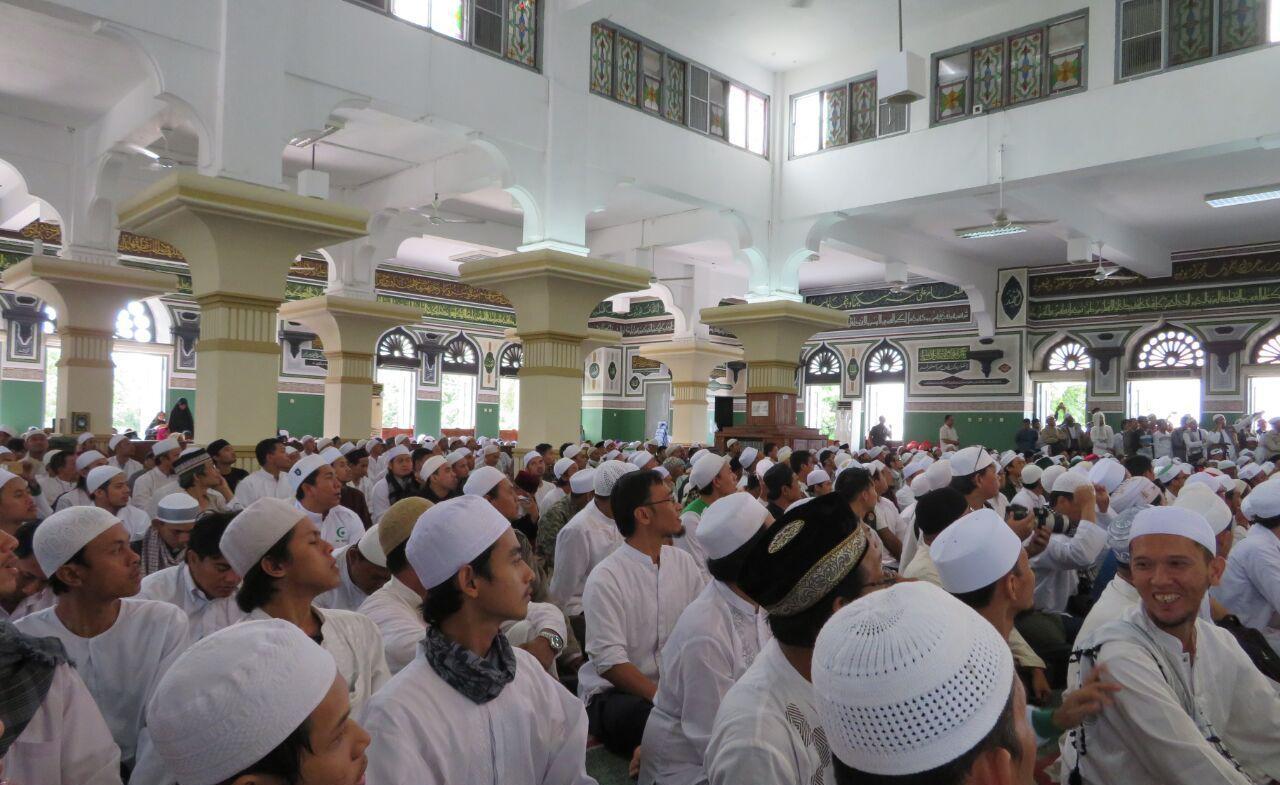 Contoh Pidato Agama Singkat Tentang Menegakkan Sholat Berjamaah Jago Berpidato Apa Yang Kamu Cari Ada Disini