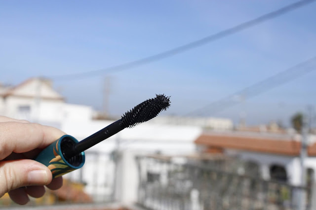 max_factor_voluptuous_mascara_de_pestañas_notinoes_lachicadelmilenio