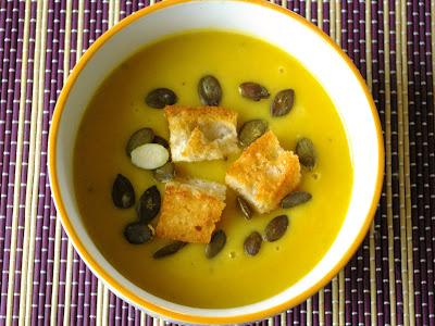 kremowa zupa dyniowo-jabłkowa