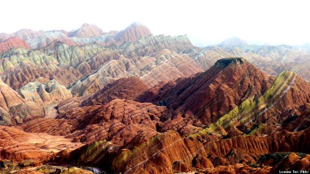 Gunung Pelangi Zhangye Danxia di China