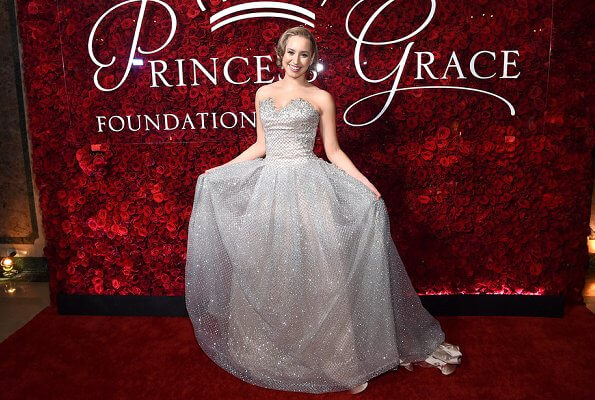 Princess glitter sequins off-the-shoulder backless sleeveless formal prom mermaid evening gown. Princess Charlene