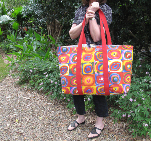 No Frills Extra Large Tote ~ Threading My Way