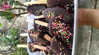 Cara Membuat Es Goreng Celup Coklat Dari Buah
