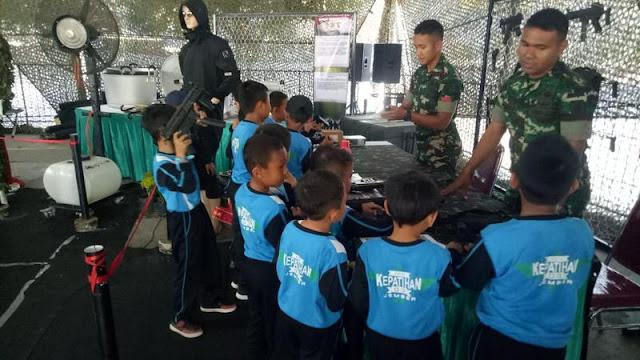 "Yonif Raider 509 Kostrad Ramaikan Pameran Alutsista ""Jember Army Festival"""