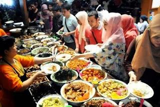 Bisnis Ramadhan Laris Manis