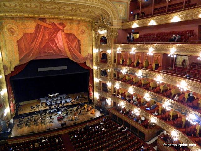Sala de espetáculos do Teatro Colón de Buenos Aires