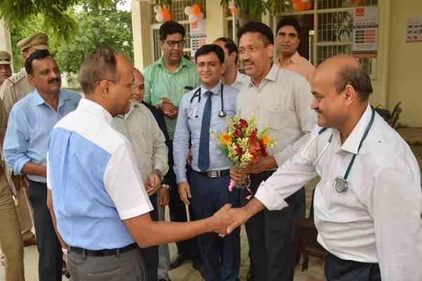 faridabad-police-commissioner-inaugurate-dispensary-in-police-line-sector-30