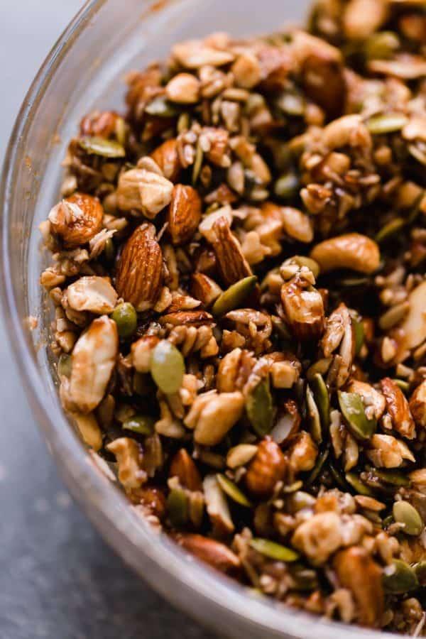 Paleo Granola  #paleo #diet #healthyrecipes #eay #whole30