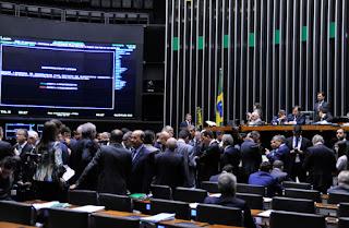 Câmara instala esta semana comissão para discutir reforma política