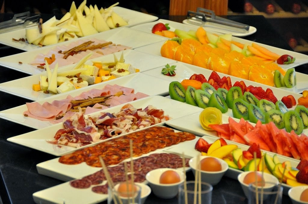 Image result for desayunos buffet