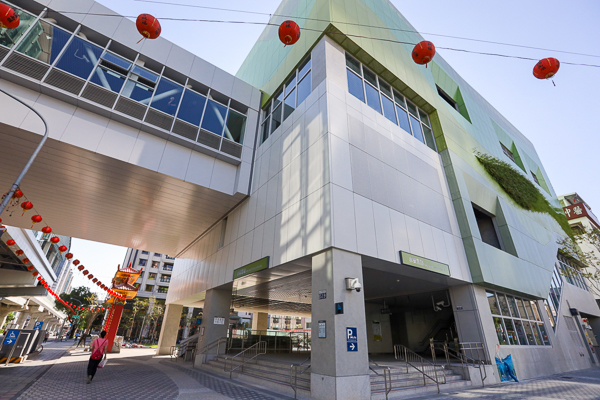 台中捷運綠線票價、路線、車站建築、彩繪車廂,享受捷運生活