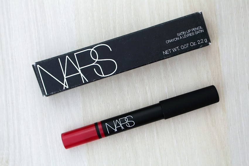 Crayon à lèvres satin Satin Lip pencil NARS Luxembourg swatche