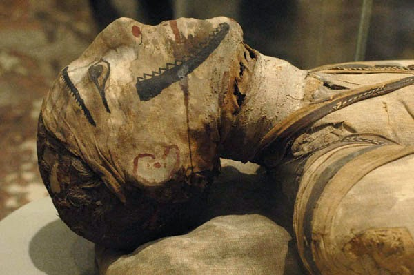 O mistério da múmia que provocou estranhos fenômenos no Museu Nacional