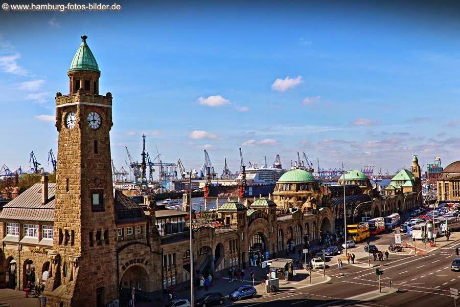Blick vom Stintfang auf die St. Pauli Landungsbrücken Hamburg