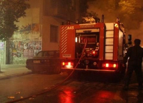 3d3b7cf9dac Η φωτιά που ξέσπασε σε διαμέρισμα πολυκατοικίας στην οδό Έριδος στη Βάρκιζα  στις 1:22 τα ξημερώματα της Πέμπτης άφησε πίσω της ένα νεκρό βρέφος 13 μηνών  .