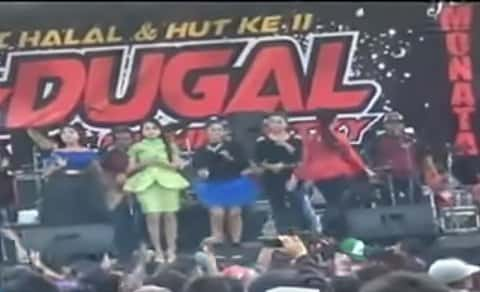 Download Monata Live Aldugal Demak 2016 full Album