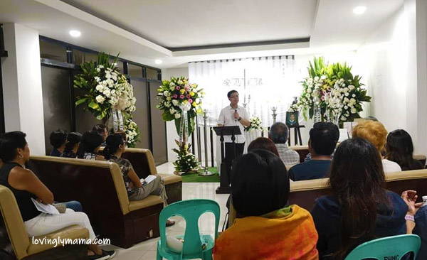 Celebrating Life in Style, Chinese elders, Chinese family, Chinese funeral traditions, Chinese customs, Filipino-Chinese funeral, Filipino-Chinese burial, Chinese traditions, Filipino-Chinese, Filipino-Chinese family, family, Bacolod City, Christ the Redeemer Columbarium Complex, Bacolod cremation, Bacolod funeral services, Bacolod memorial park, Teresa Development Corporation, urns, columbarium, Bacolod columbarium, Bacolod blogger, Bacolod mommy blogger - Chinese grandma - grandson - marble urn - memorial service - worship service - eulogy - Chinese Christians