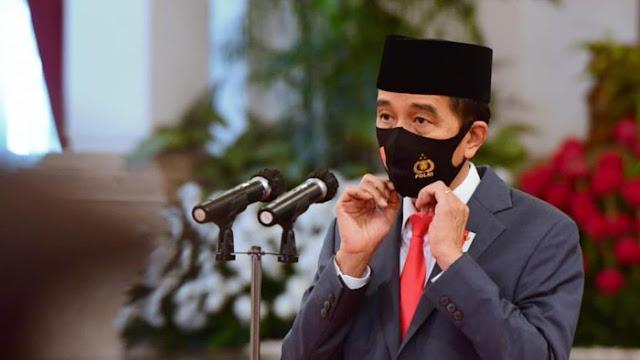 Pedagang Curhat Omzet Turun, Jokowi: Di Negara Lain Nggak Laku