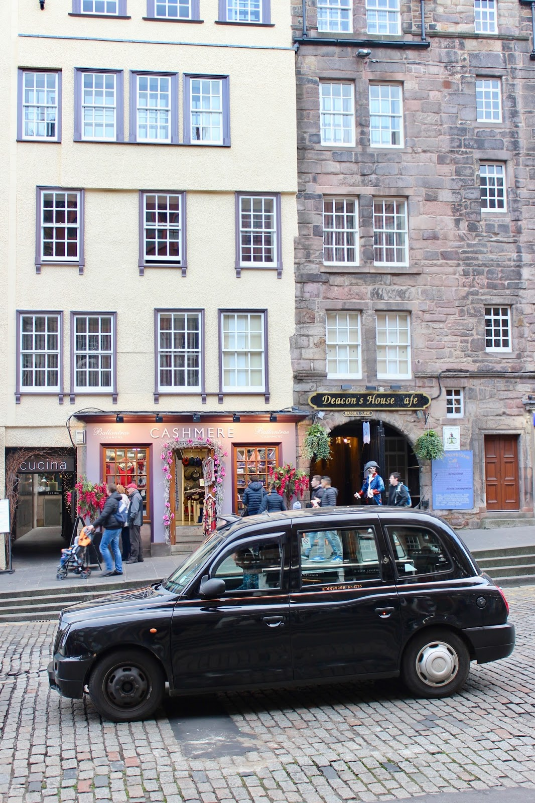 Cab in Edinburgh