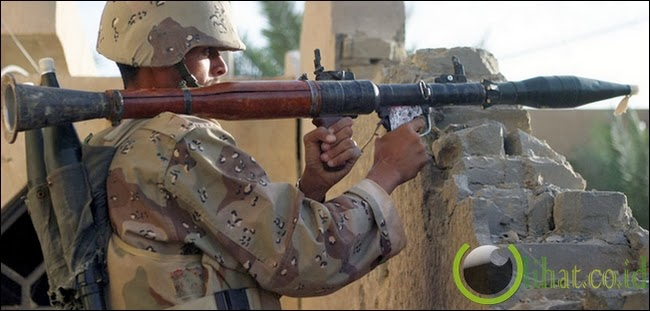 Senjata Peluncur RPG-7