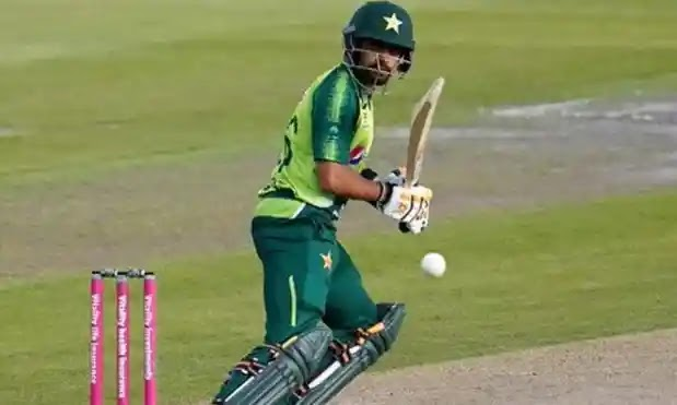 Babar moves to second position in ICC T20I Batsmen Rankings