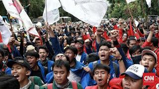 Tolak Omnibus Law, Demonstran Yogyakarta: Kami Nyatakan Perang