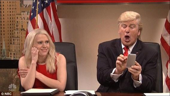 Donald Trump slams SNL after the show ridiculed his Twitter habit, Alec Baldwin replies him!