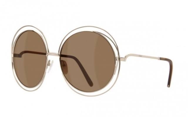 93604e871 A CHLOÉ acaba de lançar uma edição especial de eyewear com armação em ouro  18K. O modelo é fiel ao estilo 70´s e ainda vem com case especial.