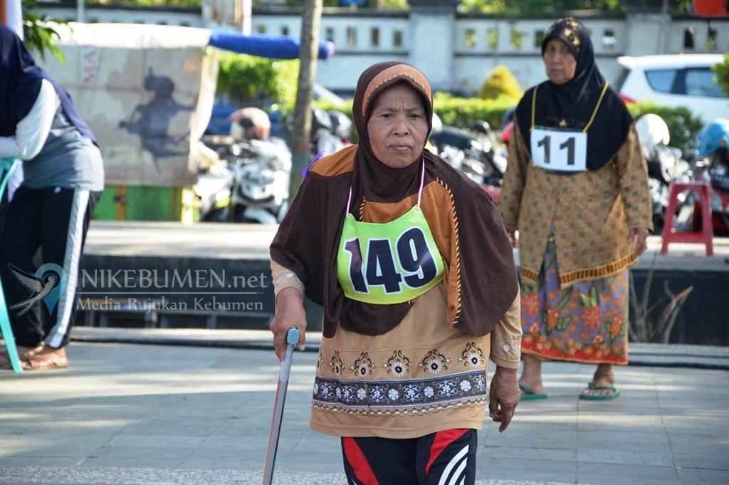 1.095 Calon Haji Kebumen Ikuti Tes Kebugaran Metode Rockport