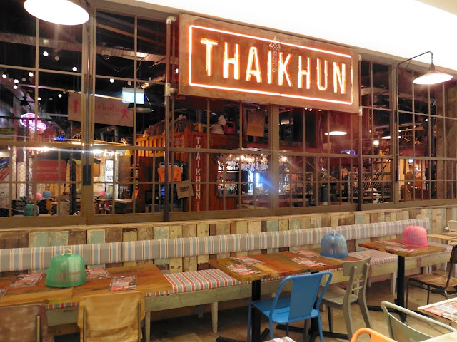 Thaikhun Intu Metrocentre Newcastle - Restaurant Review Thai Food Family Meal