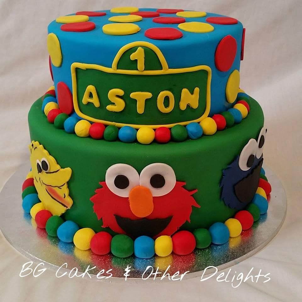 Racing St Elmo Birthday Cakes