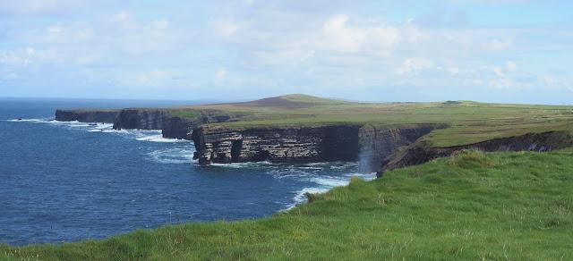 paluumuutto, puoli vuotta paluumuutosta, irlanti, atlantti, tyrskyt, nummi, ikava irlantiin