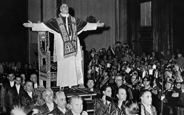 About Vatican archives on Pope Pius XII: For decades, historians and Jewish organizations demanded the opening of the Vatican archives on the pontificate of Pope Pius XII.