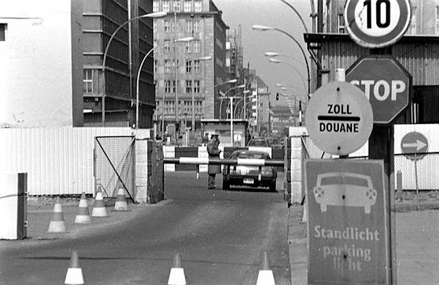The infamous Checkpoint Charlie after the steel bars were added to the underside of the barrier