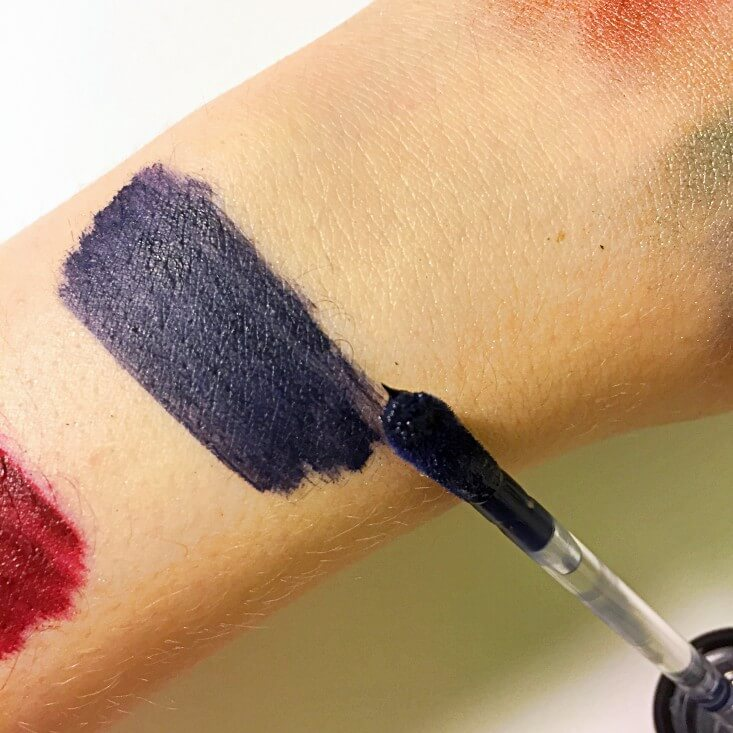 wet n wild Fantasy Makers megalast Liquid Catsuit Matte Lipstick Darkness Falls swatch